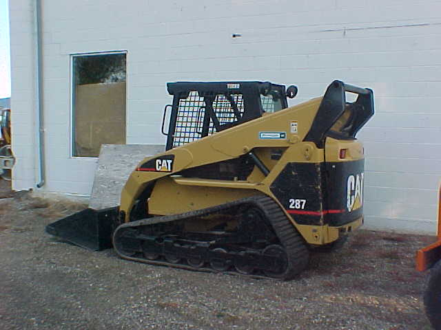 2004 CATERPILLAR 287 SKID STEER LOADER : Inland Equipment